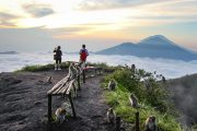 the best Mount Batur Live Crater Morning Walk adventurous tour