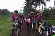 dirt bike tours around Bali jungle