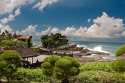 experience ancient Balinese culture tanah lot temple bali-tour